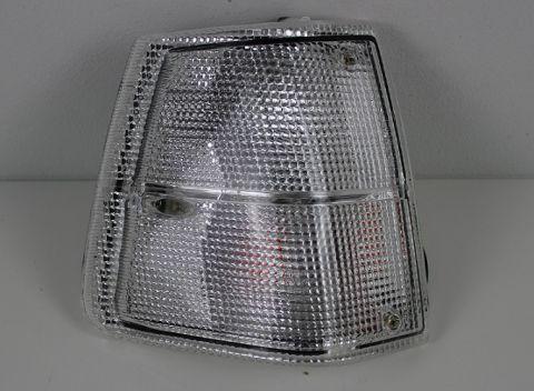 BLINK/PARKLAMPE 240-81-93M/HVIT GLASS høyre side