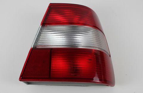 BAKLAMPE 944-91-98 og 964 M/HVIT BLINK 9126961 høyre