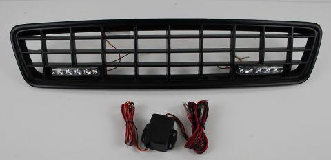 GRILL S40/V40 1996-2003 XC LOOK I SORT MED LED LYS