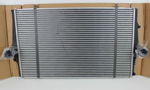 Intercooler STD. Volvo S60/80 V70/XC70 8649471
